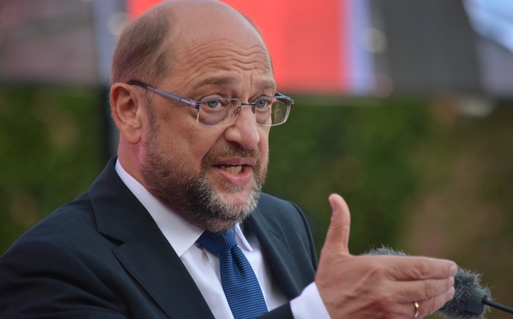 Šéf SPD Schulz i přes velkou ztrátu věří ve volební úspěch