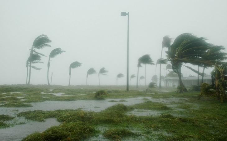 Hurikán Maria má 10 obětí, blíží se k Dominikánské republice