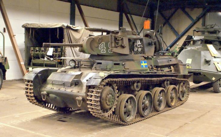 Unikátní tank švédské armády Stridsvagn L-60. Stal se jedním z nejdéle sloužících bojových vozidel v historii
