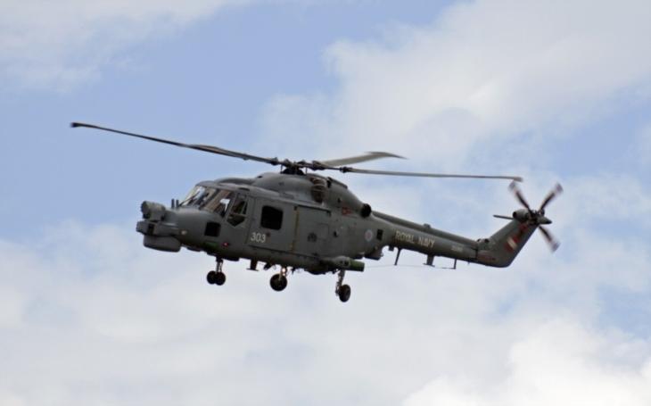 Zmodernizovaný vrtulník Super Lynx Mk21B se úspěšně předvedl ve Velké Británii