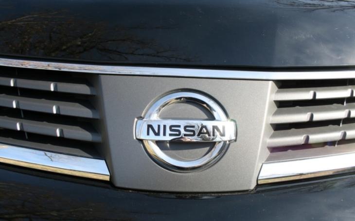 Nissan kvůli obavám o bezpečnost pozastavil v Japonsku prodej aut