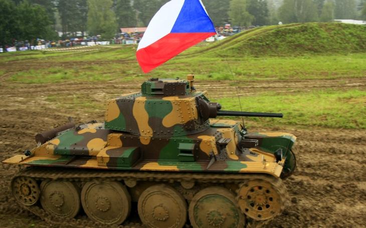 Májová krev - zapomenutá hrdinství v českém povstání 1945 i první a poslední tanková bitva mezi českými a německými tanky
