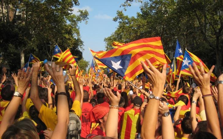 Barcelonu čeká demonstrace za propuštění katalánských exministrů