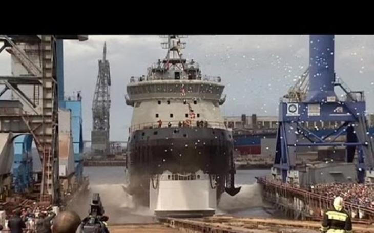 Ruský dobyvatel Arktidy. Ledoborec nové generace Ilja Muromec podstupuje měsíční testy