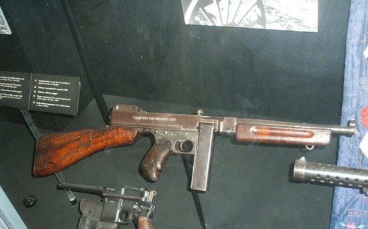 Samopal Thompson, legendární zbraň, bez níž neudělal Al Capone ani krok