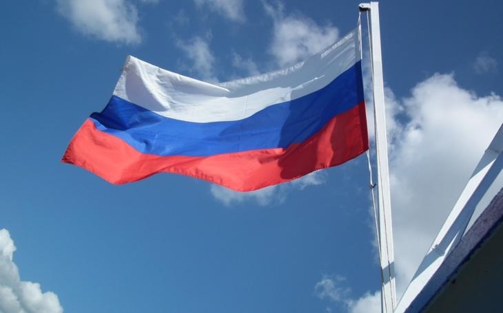 Důvody pro sankce proti Rusku trvají, shodli se ústavní činitelé