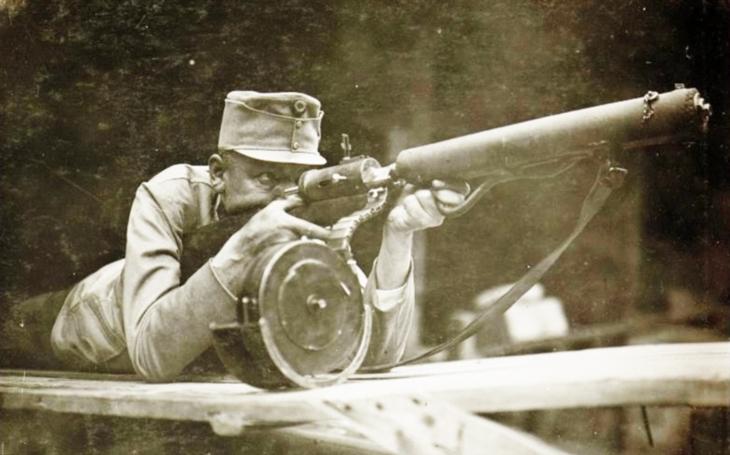 Standschützen Hellriegel M1915 - předchůdce moderních útočných pušek