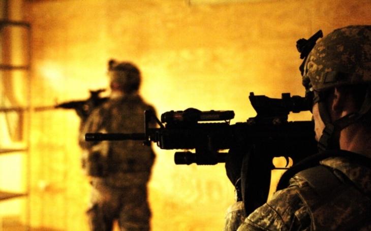 Irácká armáda pronikla do města Káim, jedné z posledních bašt IS
