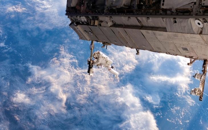 (VIDEO 360 °) Fascinujúce zábery astronautov z vesmíru