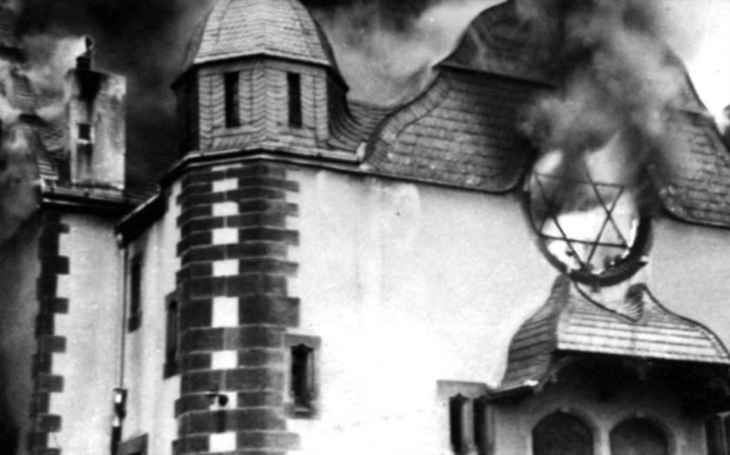 Během Křišťálové noci zažili Židé skutečné peklo. Nacisté jich brutálně ubili desítky