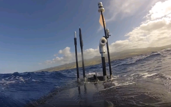 V Japonsku budú hliadkovať na mori drony,  budú varovať pred tsunami