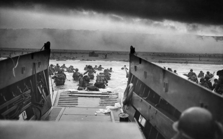Vzácne zábery, vylodenie v Normandii vo farbe