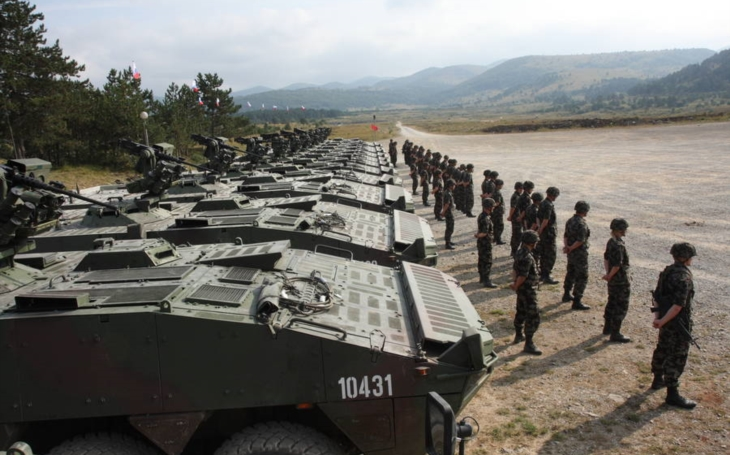 Slovensko nakúpi celkovo takmer 500 nových obrnených transportérov, s fínskym ministerstvom obrany už podpísalo memorandum