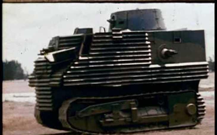 Jako vzor posloužila pohlednice. ,,Nejsměšnější&quote; tank historie postavili Novozélanďané