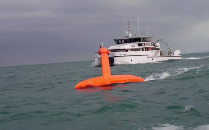 Společnost iXblue představila nové autonomní bezosádkové povrchové plavidlo. Vyniká velkou rychlostí