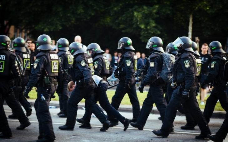 Německá policie zatkla šest Syřanů podezřelých z přípravy útoku