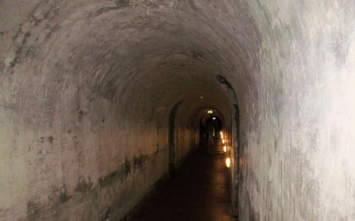 Ve švédských horách byl objeven netknutý bunkr ze studené války. Objevila jej skupina ,,dobrodruhů&quote;