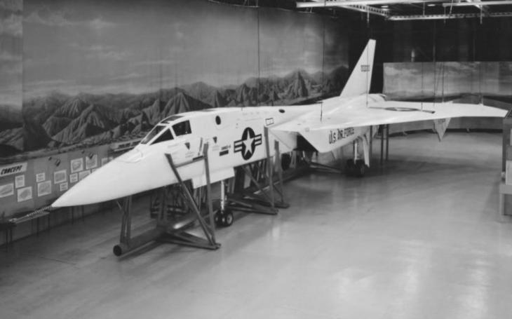 Americká superstíhačka měla ,,lovit&quote; sovětské bombardéry. Nakonec vůbec nevzlétla