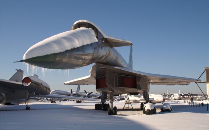 Suchoj T-4 měl být ničitelem letadlových lodí, ,,zabily&quote; ho však pomluvy Tupoleva