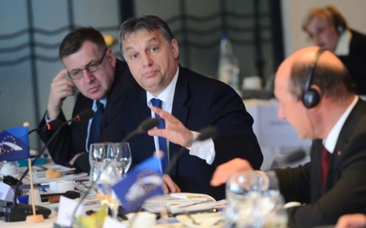 Orbán: Všechny tři žaloby EK vůči Maďarsku vedou k Sorosovi