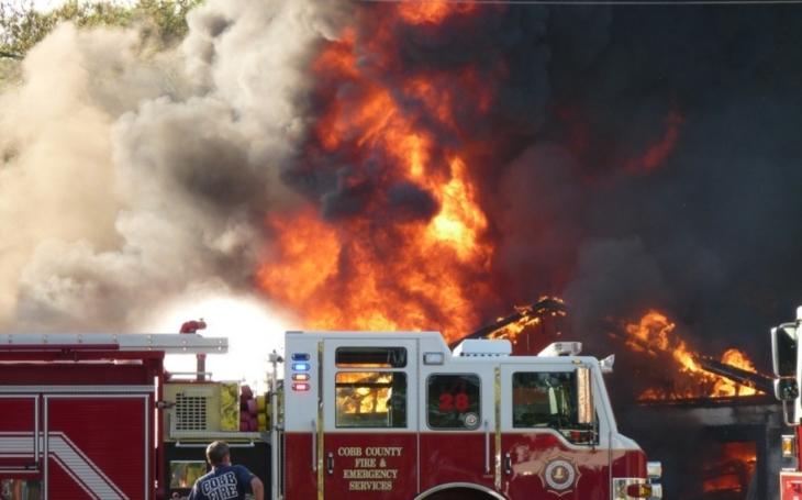 Požáry v Kalifornii páchají rekordní škody
