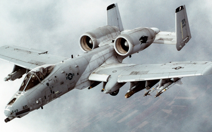 (VIDEO)  A-10 Warthog v akcii