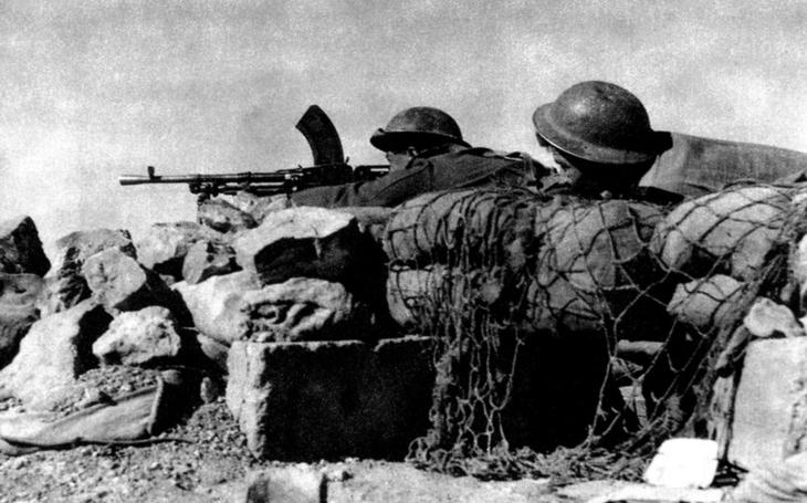 Za oko zrak, za zub chrup. Před 76 lety hnali Čechoslováci Němce a Italy od Tobruku