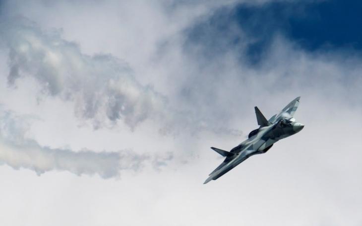VIDEO: Unikátní záběry ruského letounu Su-57 ze Sýrie
