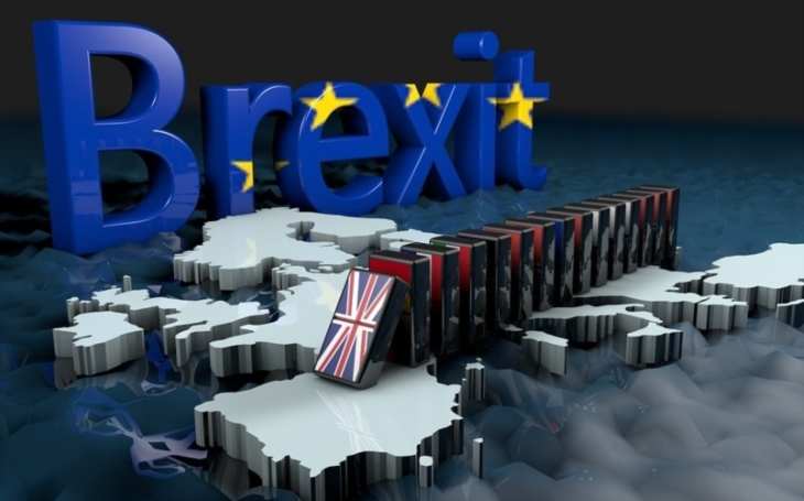Pro neshody o brexitu odcházejí klíčoví ministři Johnson a Davis