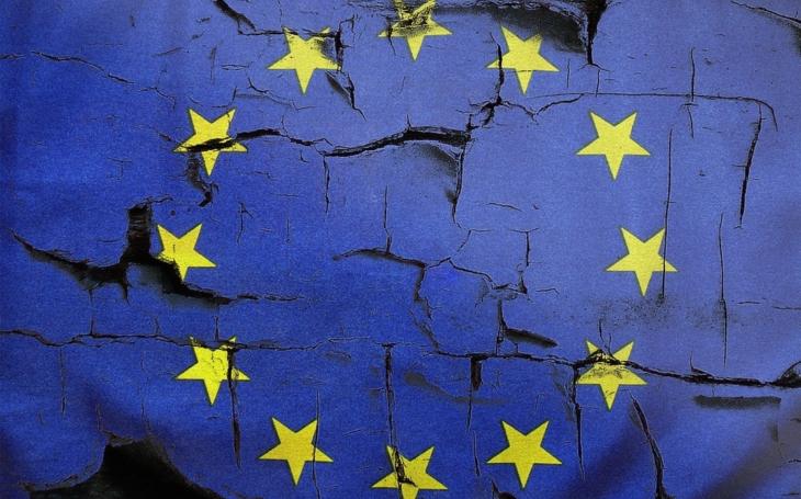Popredný nemecký ekonóm varuje: Eurozóna je v extrémne zlej kondícii, a na lepšie časy sa neblízka