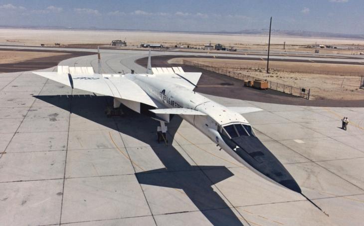 Proč se nedostal monstrózní MACH 3 bombardér XB-70 do výroby?