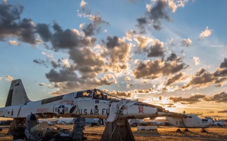 (VIDEO) Kde  končia vyradené lietadlá z US Air Force?
