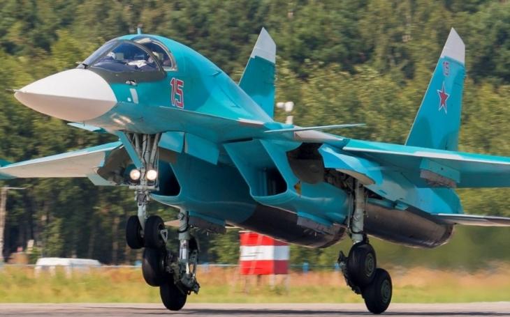 Suchoj dodal ruskému ministerstvu obrany první várku stíhacích bombardérů Su-34 v tomto roce