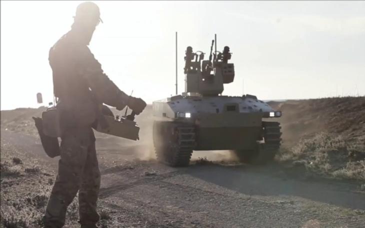 Rusko testuje nové autonomní bojové vozidlo Soratnik