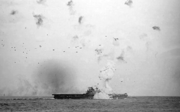 ''Božský vietor'' sa objavil až na konci 2.svetovej vojny, sfanatizovaným letcom sa však priebeh vojny zvrátiť nepodaril