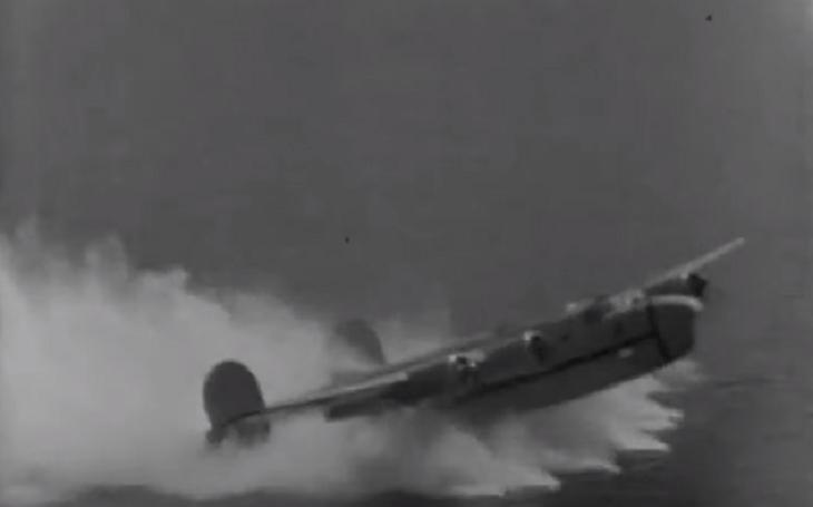 Video: B-24 přistávající na hladinu James River