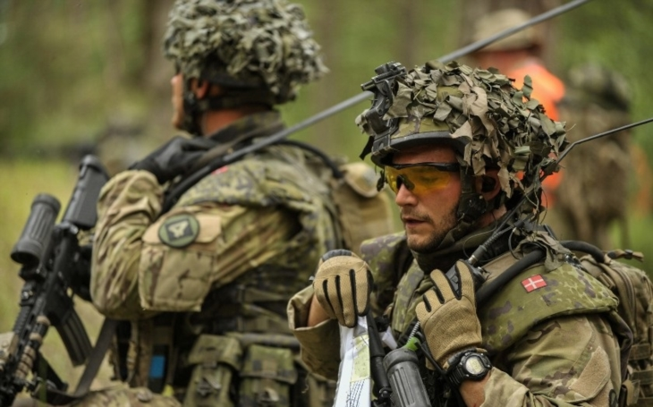 Dánsko zvyšuje vojenské výdaje, bezpečnost prý ohrožuje Rusko