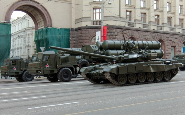 Ruské systémy protivzdušné obrany S-400 i do Kataru? Ten zvažuje jejich nákup