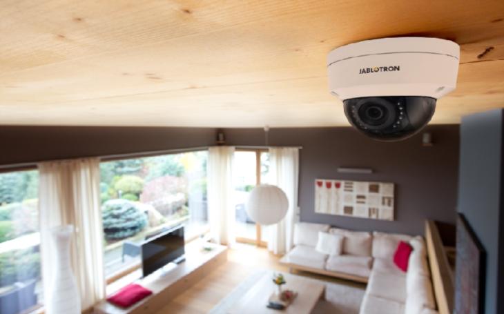 Jablotron uvádí IP kamery s livestreamem,videosekvencí a záznamem