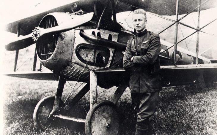"""Arizonský kovboj Luke: druhé největší americké letecké eso Velké války a postrach německých """"buřtů"""""""