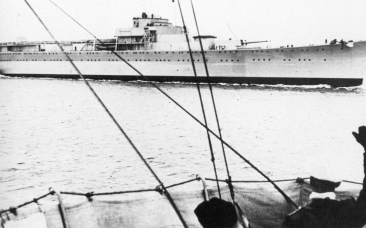 Hitlerův křižník v sovětských službách bránil Leningrad
