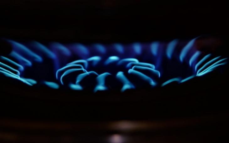 Rusko zastavilo dodávky plynu Ukrajině, pomůže jí Polsko