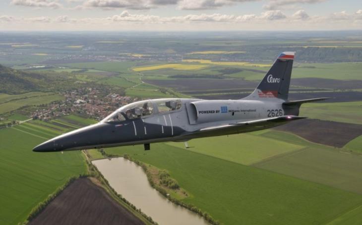 Další pokrok ve vývoji L-39NG: Letoun L-39CW získal typový certifikát