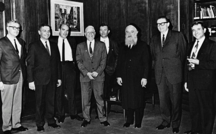 Statečný britský špion, který zachraňoval Židy. Frank Foley jich dostal do bezpečí přes 10 000