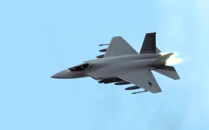 Střely Iris-T a Meteor pro jihokorejský stíhací letoun KF-X