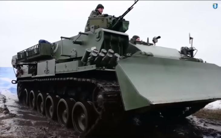 Ukrajina začala sériovú výrobu obrneného vozidla Atlet BREM-84