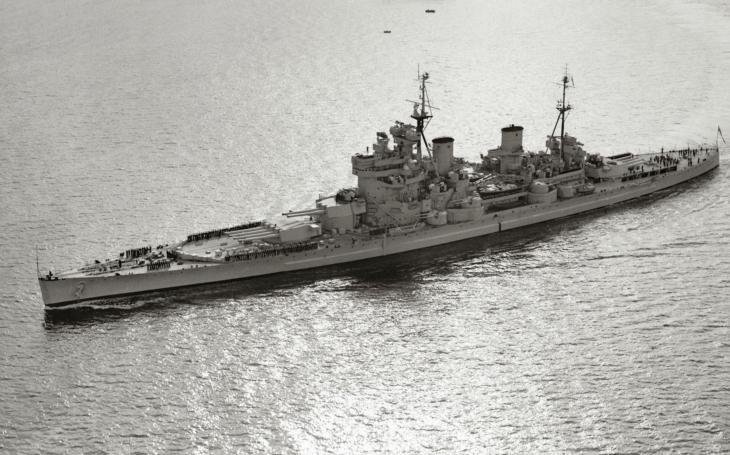 VIDEO: Bitevní loď HMS King George V v Halifaxu