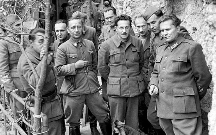 Zabijte Tita! Před 74 lety spustili nacisté operaci Rösselsprung s cílem zlikvidovat jugoslávské partyzány