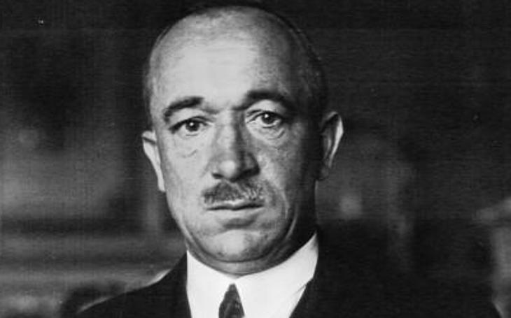 Odchod prezidenta Edvarda Beneše z úřadu poznamenaly spory s nastupující totalitní mocí