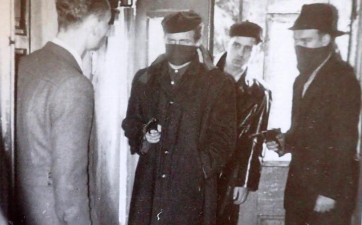 Bratři Mašínové zaslouží naši úctu. Bojovali proti zlu, zatímco ostatní klopili hlavy (komentář Lumíra Němce)